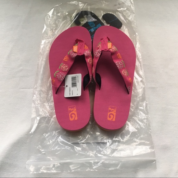 0cbb3802e62f9 Teva Mush II Flip Flops- Pink Dandelion - NWT